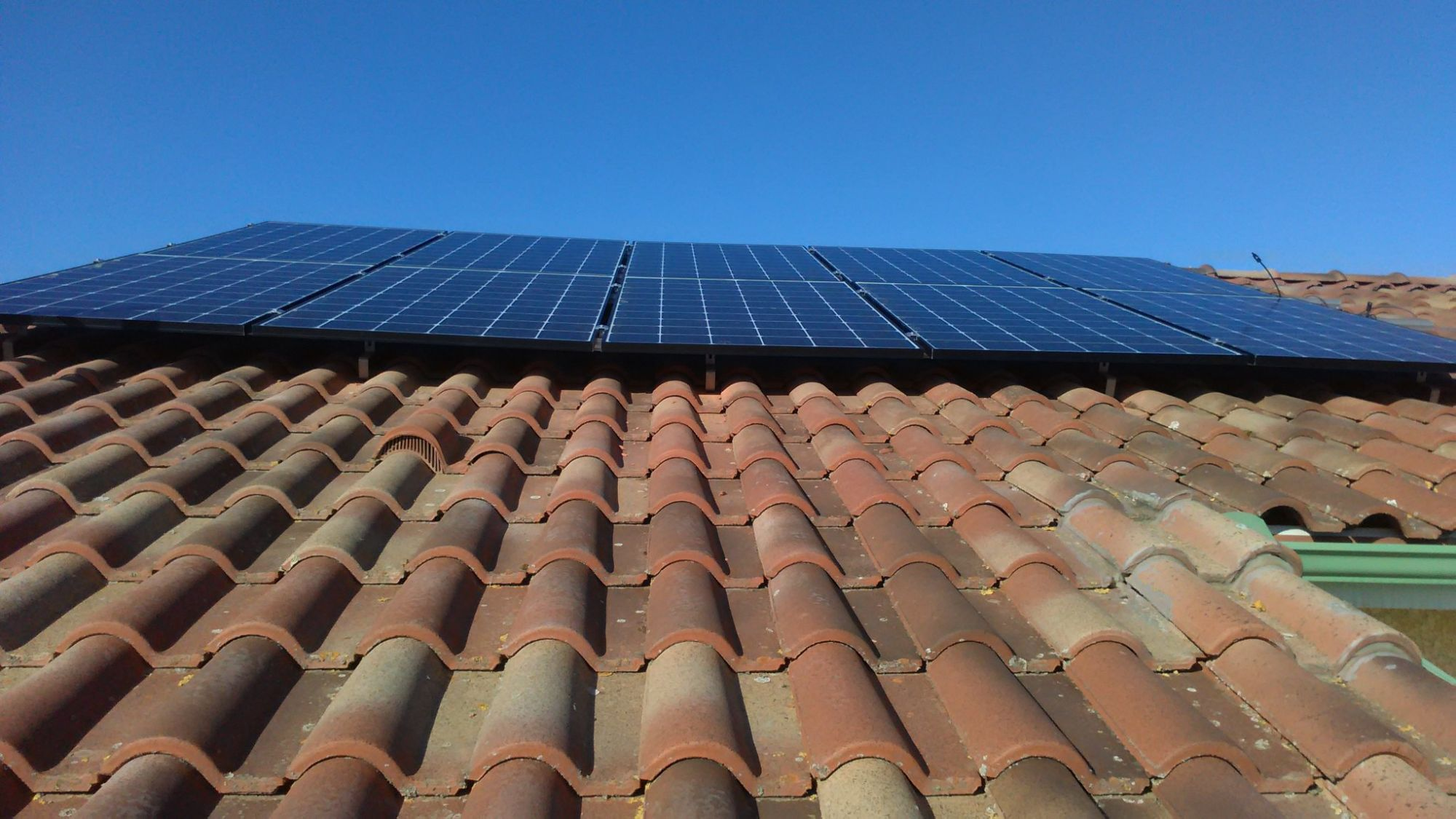 conso-intel -installation de pnneaux solaires sur toiture